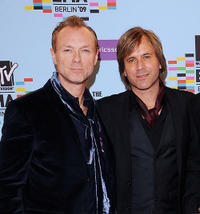 Gary Kemp and Steve Norman at the 2009 MTV Europe Music Awards in Berlin.