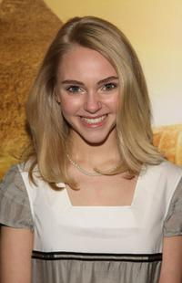 AnnaSophia Robb at the premiere of