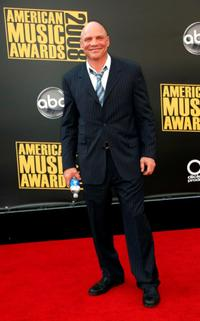Patrick Kilpatrick at the 2008 American Music Awards.