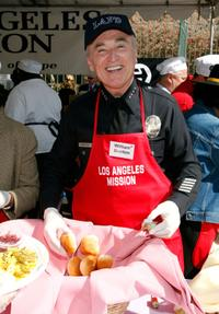 William J. Bratton at the Los Angeles Mission's Easter meal for the homeless.