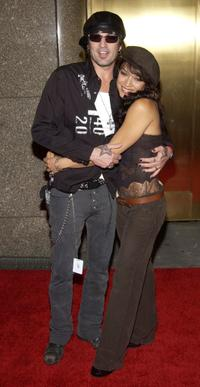 Tommy Lee and Mayte Garcia at the 2002 VH1/Vogue Fashion Awards.