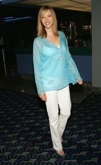 Lisa Kudrow at the premiere of
