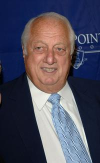Tommy Lasorda at the gala fundraiser for the Viewpoint School hosted by Brad Garrett and Ray Romano.