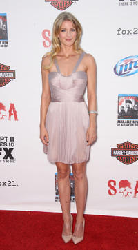 Winter Ave Zoli at the Season 5 California premiere of