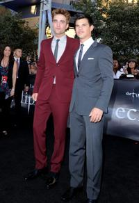 Robert Pattinson and Taylor Lautner at the California premiere of