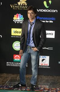 Sonu Sood at the 10th International Indian Film Academy (IIFA) Awards.