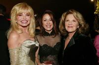Loni Anderson, Patricia Heaton and Linda Lavin at the