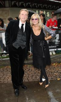 Leigh Lawson and Twiggy Lawson at the premiere of