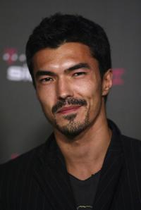 Ian Anthony Dale at the T-Mobile Sidekick II Launch party.