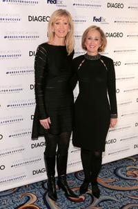 Sandra Lee and Debra Kelly-Ennis at the Dress for Success 2008 Gala.