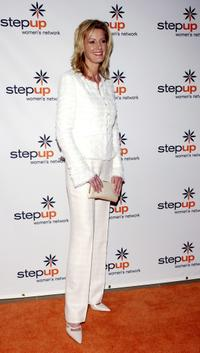 Sandra Lee at the 2005 Step Up Women's Network Inspiration Awards Luncheon.