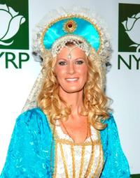 Sandra Lee at the Bette Midler's 12th Annual NYRP Hulaween Ball.