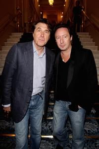 Brian Ferry and Julian Lennon at the Better World Awards dinner party.