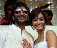 Arshad Warsi and Diya Mirza at the promotion of