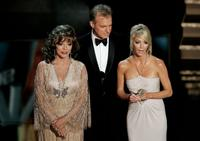 Heather Locklear, Joan Collins and Stephen Collins at the 58th Annual Primetime Emmy Awards.