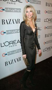 Heather Locklear at the L'oreal Paris Presents