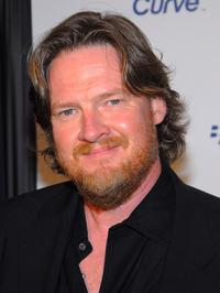 Donal Logue at the launch party for the new BlackBerry Curve.
