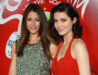 Amanda Crew and Mary Elizabeth Winstead at the premiere of