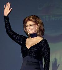 Sophia Loren at the opening of Cairo International Film Festival 07.