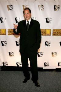 Jon Lovitz at the 10th Annual Critics' Choice Awards.