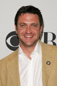 Raul Esparza at the 2007 Tony Awards nominees press reception.