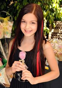 Ariel Winter at the 2008 DPA Garden Party gift suite.