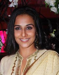 Vidya Balan at the Ramesh Taurani's wedding Anniversary.