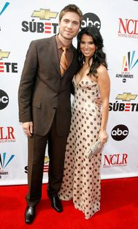 Eric Winter and Roselyn Sanchez at the 2007 NCLR ALMA Awards.