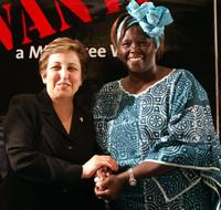 Shirin Ebadi and Wangari Maathai at the Mine-Free World summit.