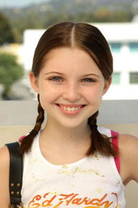Sammi Hanratty at the 2008 Pre-Emmys DPA Gifting Lounge.