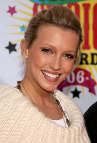 Katie Cassidy at the 19th Annual Kids Choice Awards.