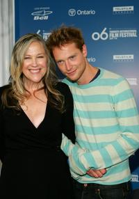 Catherine O'Hara and Simon Woods at the press conference of