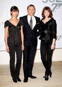 Olga Kurylenko, Daniel Craig and Gemma Arterton at the photocall of