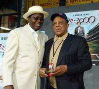 Bernie Mac and Willie Mays at the premiere of