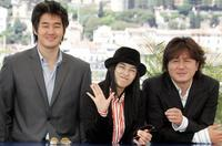 Yoo Ji-Tae, Gang Hye Jung and Choi Min Sik at the photocall of