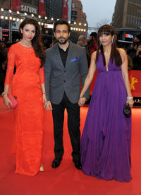 Rashita Chaudhary, Emraan Hashmi and Parveen Shahani at the premiere of