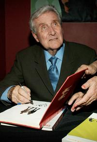 Patrick Macnee at the booksigning of his memoirs