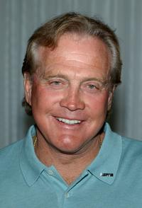 Lee Majors at the preparty of 10th Annual ESPY Awards.