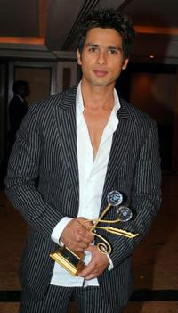 Shahid Kapoor at the 9th Annual Teachers Achievement Awards.