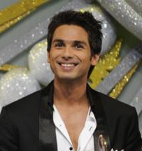 Shahid Kapoor at the 12th Rajiv Gandhi Awards Ceremony.