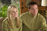Kristen Bell and Jason Bateman in
