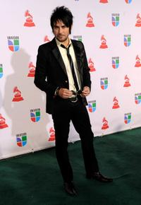 Beto Cuevas at the 10th Annual Latin Grammy Awards.