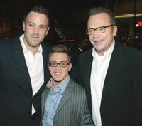 Ben Affleck, Eric Gores and Tom Arnold at the premiere of