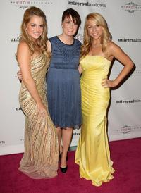 Joanna 'Jojo' Levesque, Susan Schulz and Katelyn Morgan at the