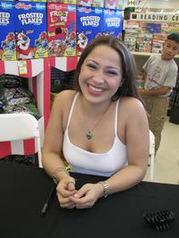 Jennifer Pena at the autograph signing of MUSI Kellogg's Tour 2003.