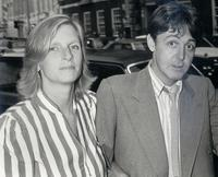 Linda McCartney and Paul McCartney at the Hamilton Art Gallery.