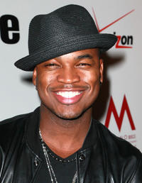 Ne-Yo at the 5th Anniversary