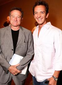 Robin Williams and Sean Huze at the Campaign For A New GI Bill.