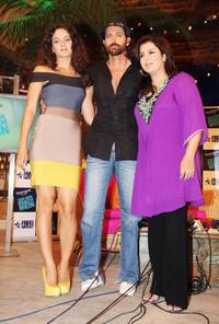 Kangana Ranaut, Hrithik Roshan and Farah Khan at the TV show