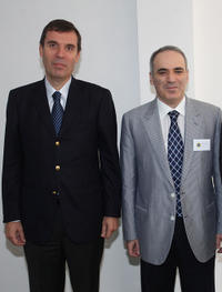 Silvio Danailov and Garry Kasparov at the press conference of Chess Foundation Launch in Valencia.